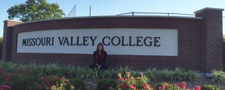 Lucia: l'arrivo al Missouri Valley College