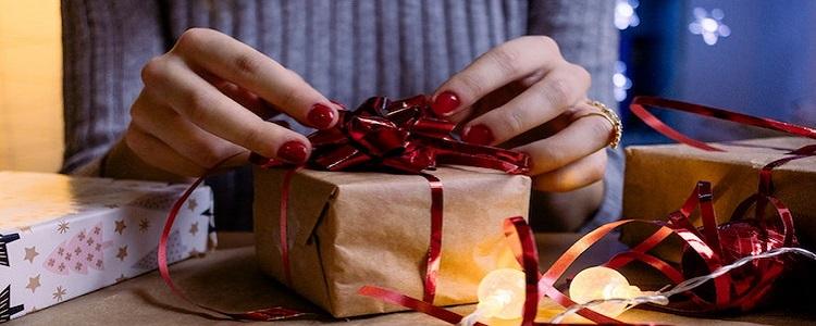 Cosa regalare alla famiglia ospitante?
